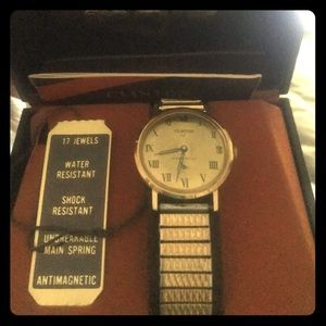 Vintage unopened Clinton men's watch
